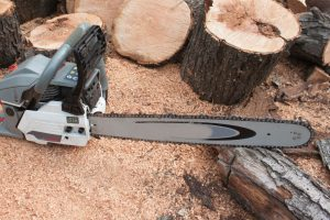 Can You Use An Electric Chainsaw In The Rain?